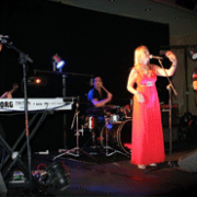 singer-and-band-in-dubai